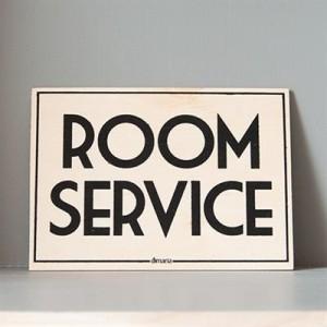 traeskilte_room_service_450.jpg