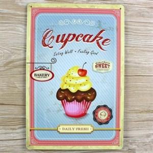 cupcake-eating-well-feeling-good-metalskilt.jpg