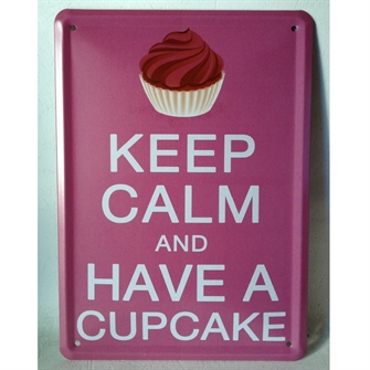 keep-calm-and-have-a-cupcake-emaljeskilt.jpg