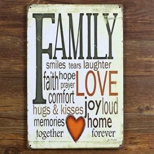 family-love-smiles-joy-emaljeskilt.jpg