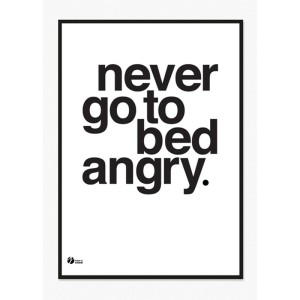 by_krohn_plakat_never_go_to_bed_angry_hvid.jpg